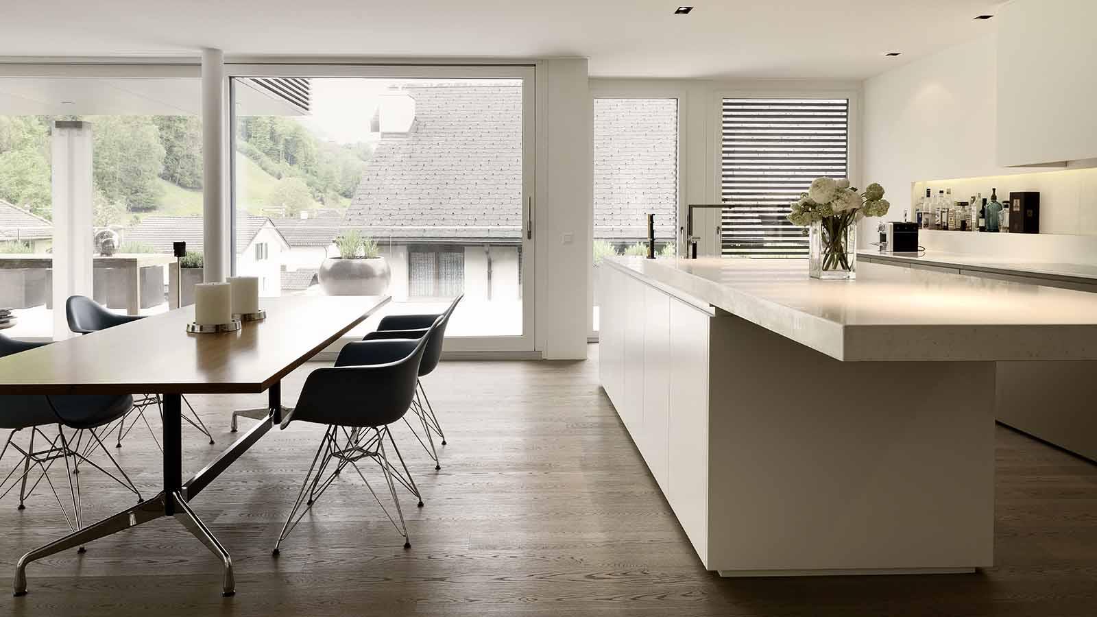 Ungewöhnlich Lange Insel Küche Und Bad Showrooms Bilder - Küche Set ...